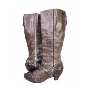 FRYE Steffi Back Zip Brown Distressed Leather 8